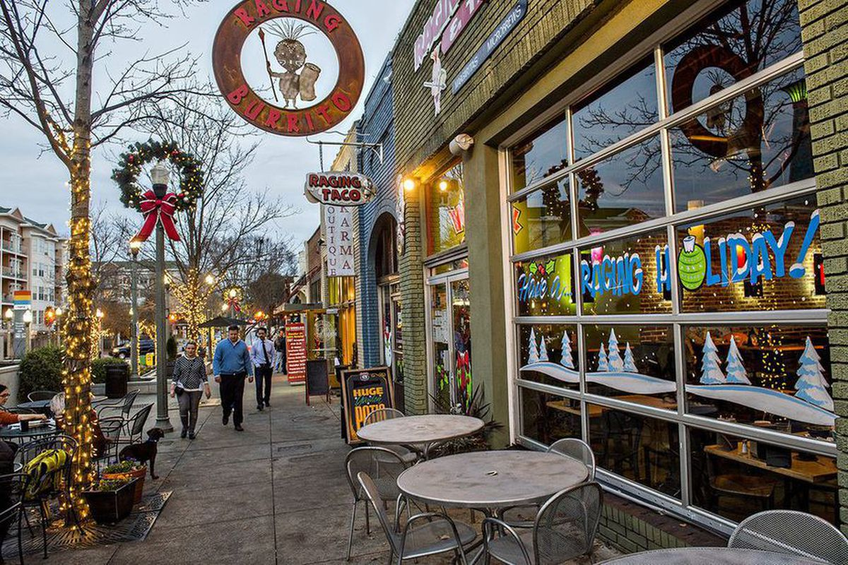 A photo of Decatur's charming retail scene at Christmastime.