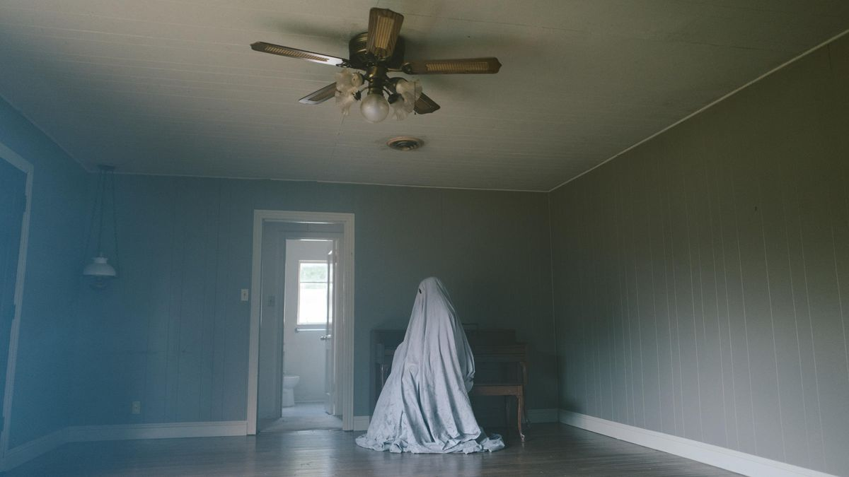 A scene from A Ghost Story