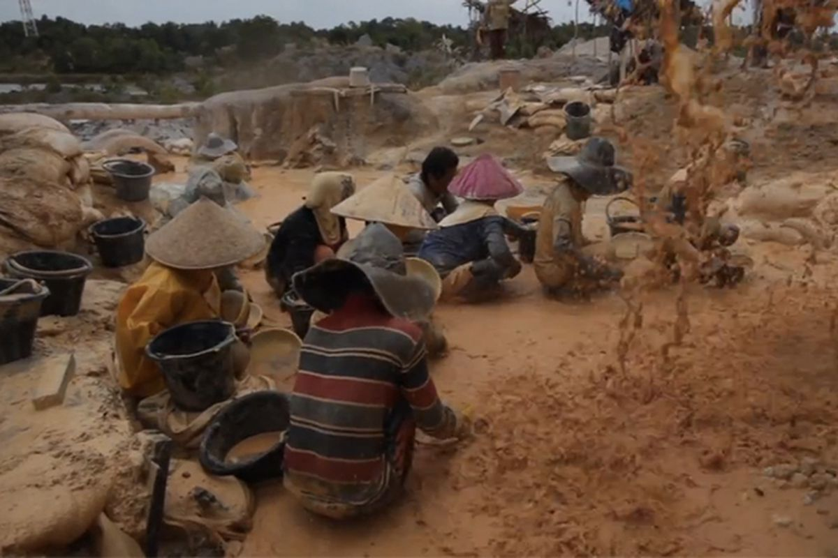 Apple Tin Mining Indonesia