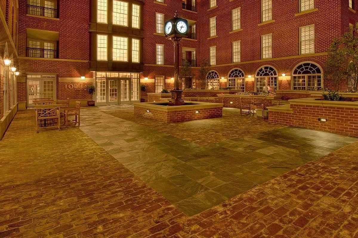 Brabo's courtyard