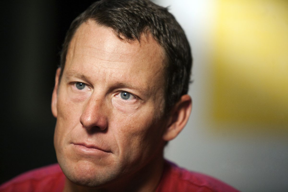 Lance Armstrong en una entrevista de febrero de 2011 en Austin, Texas. Armstrong expresó que no peleará más, las acusaciones hechas en su contra sobre dopaje.