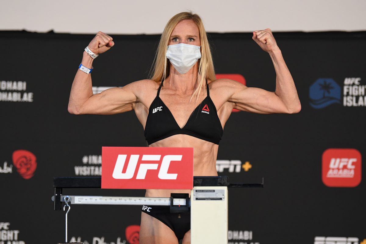 holly holm odds betting line