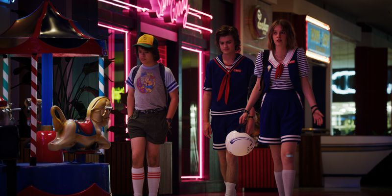 st10 Stranger Things season 3 is charming but frustrating. Here's a spoiler-free review.
