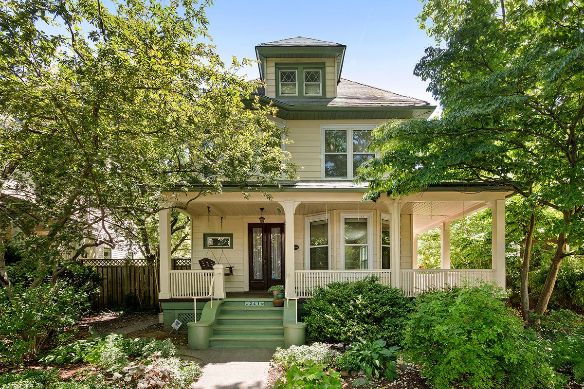Ditmas Park House With Wraparound Porch Asks 2 5m Curbed Ny