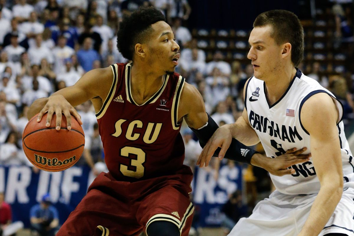 Santa Clara's Brandon Clark had a monster night with 31 points against Cal State Fullerton.