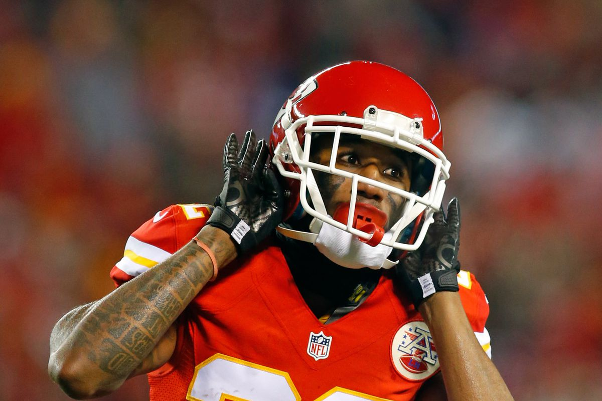 Oakland native Marcus Peters suspended by Chiefs versus Raiders