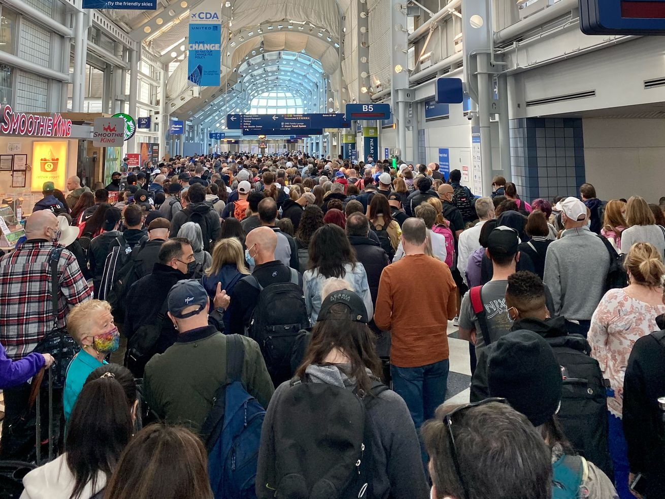 A fire that broke out Saturday morning inside a busy pedestrian tunnel at O'Hare Airport caused headaches for many travelers.