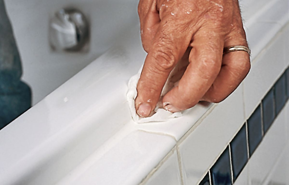 Smoothing Out Caulk With Rag
