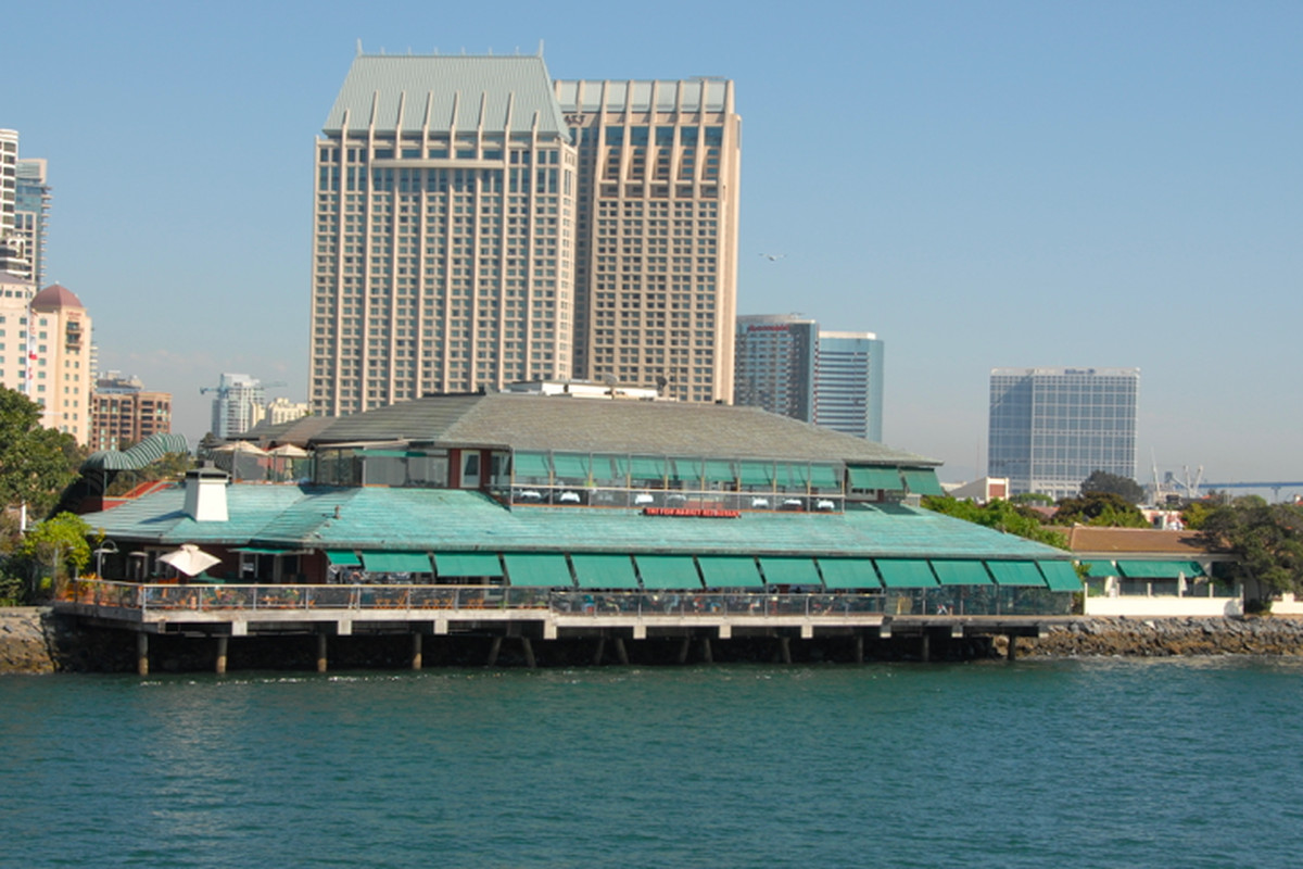 The Fish Market Goes Up in Flames on the Embarcadero - Eater San Diego