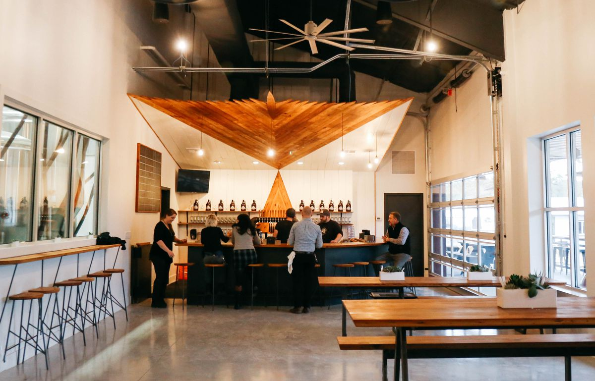 Supernatural' Actor Jensen Ackles Opens Texas Brewery
