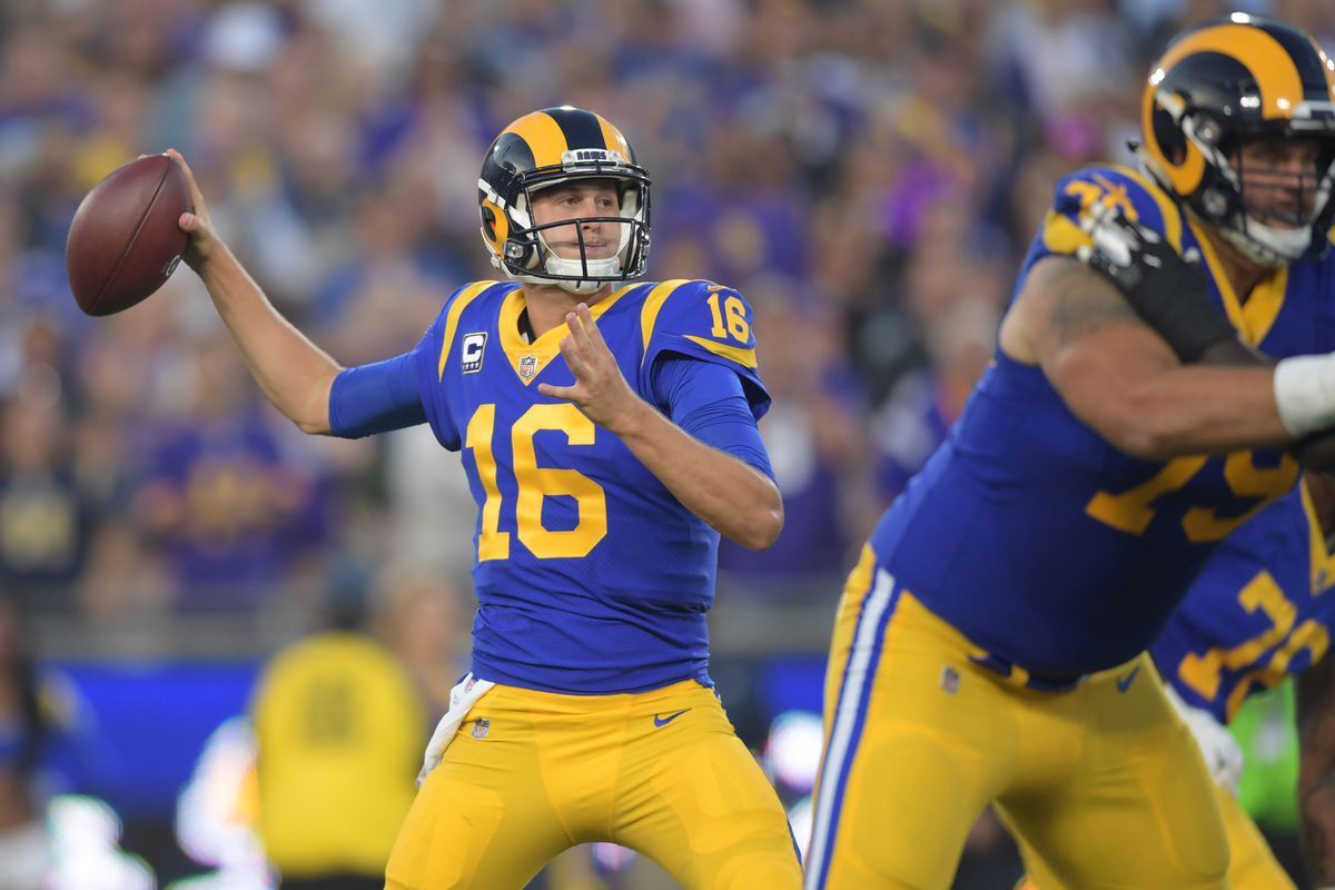 Los Angeles Rams QB Jared Goff throws a pass against the Minnesota Vikings, Sep. 27, 2018.