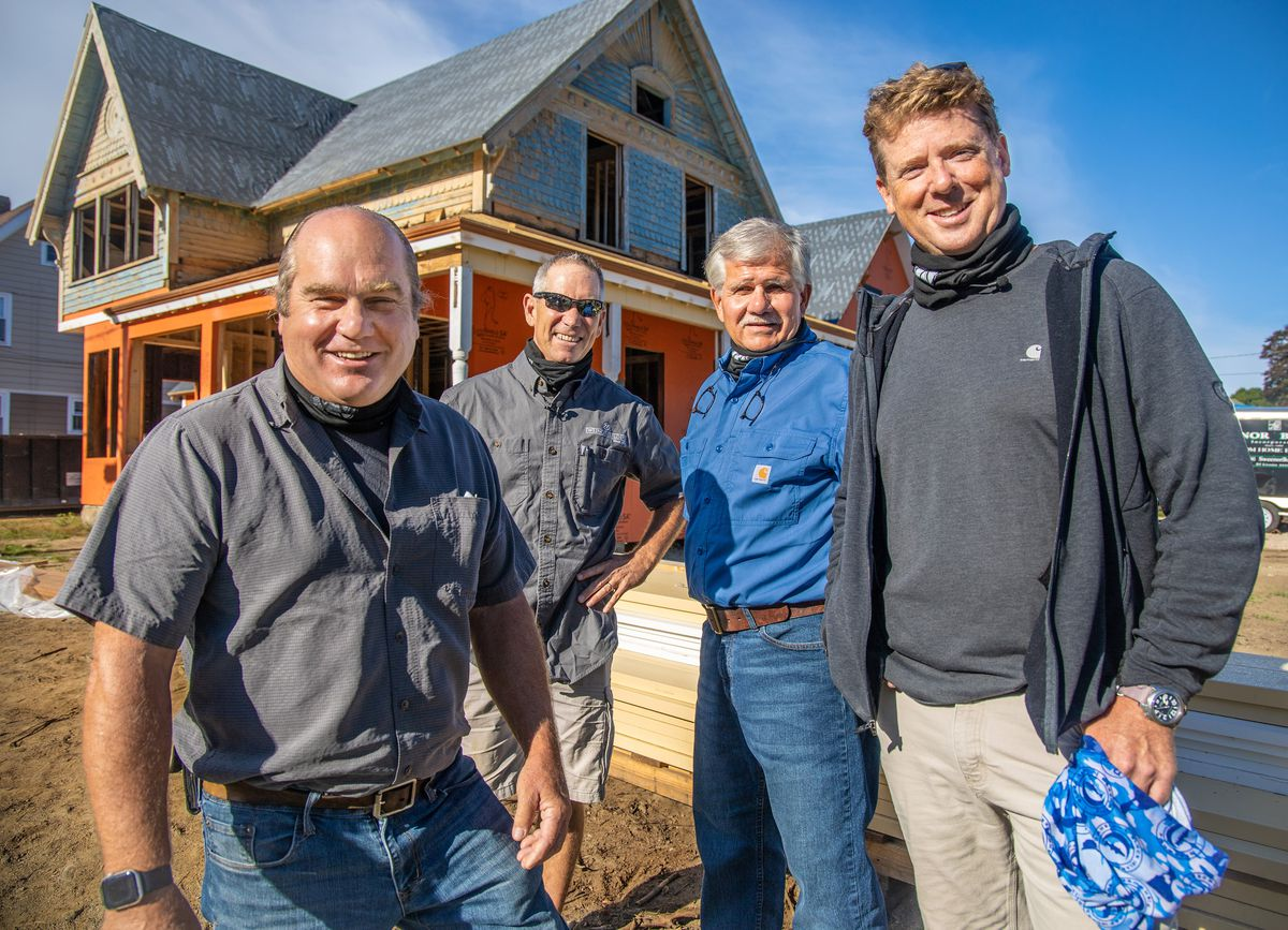 Richard Trethewey, Jeff Sweenor, Tom Silva, and Kevin O'Connor, Seaside Victorian Cottage, Queen for a New Day, Nov/Dec 2020