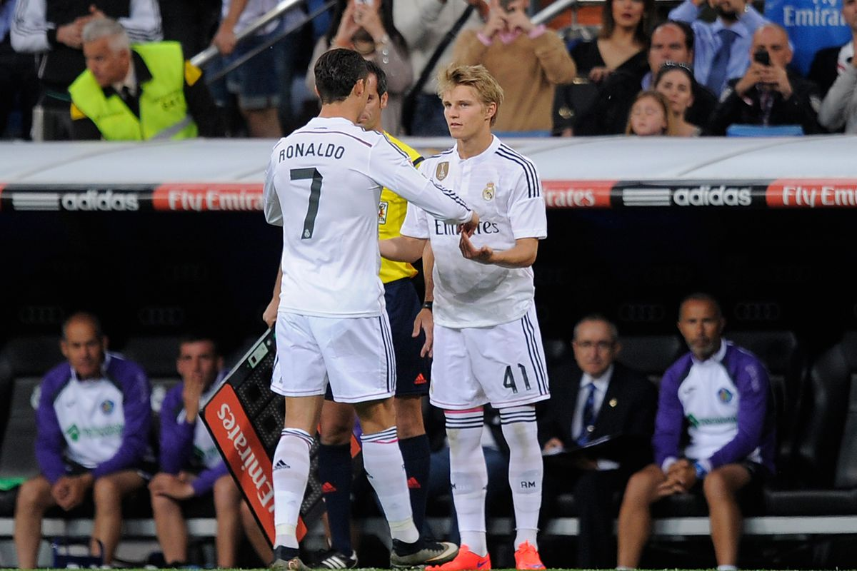 Odegaard replaces Cristiano Ronaldo to make his Real Marid debut.