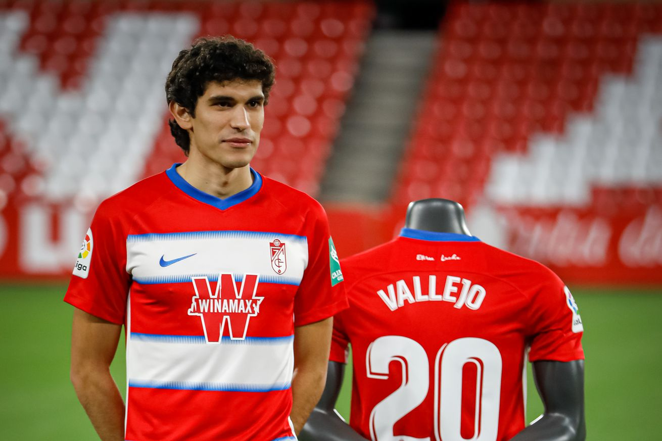 """Jesus Vallejo: ?Why not stay at Granada another year""""?"""