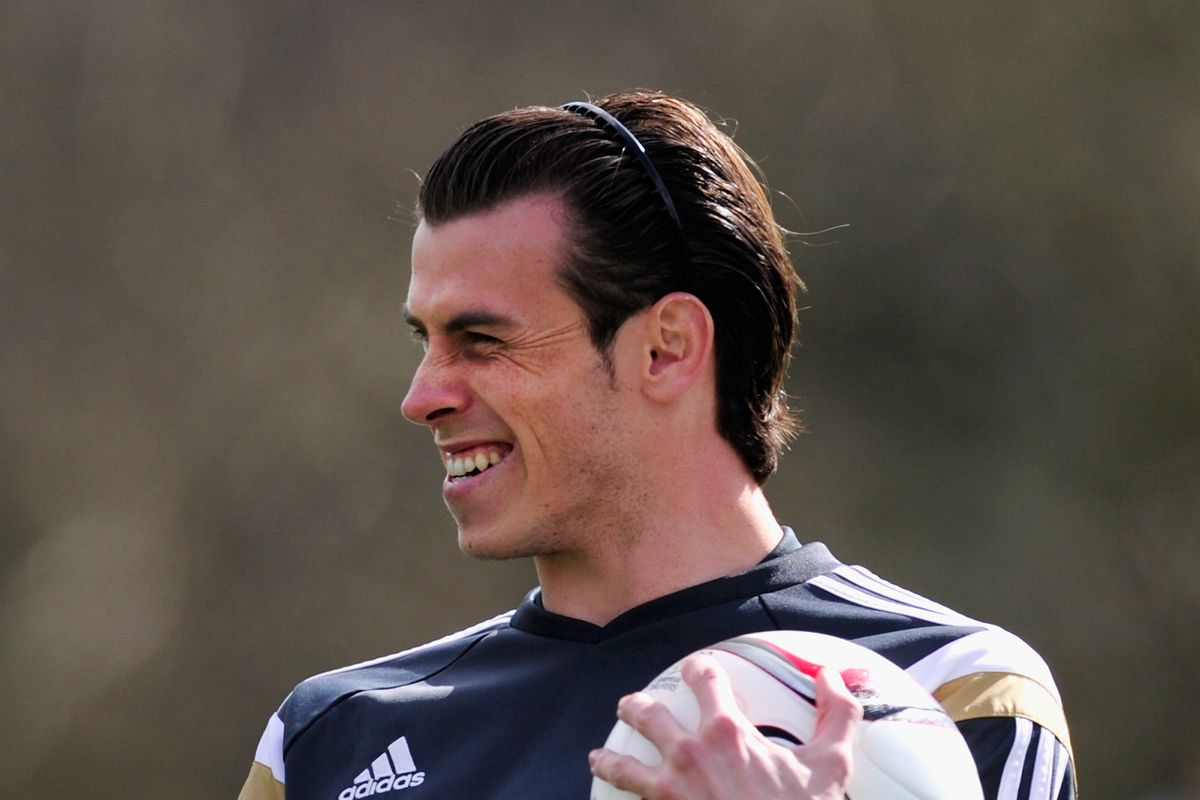 Needs to get rid of that hair band if he comes back to the EPL for me