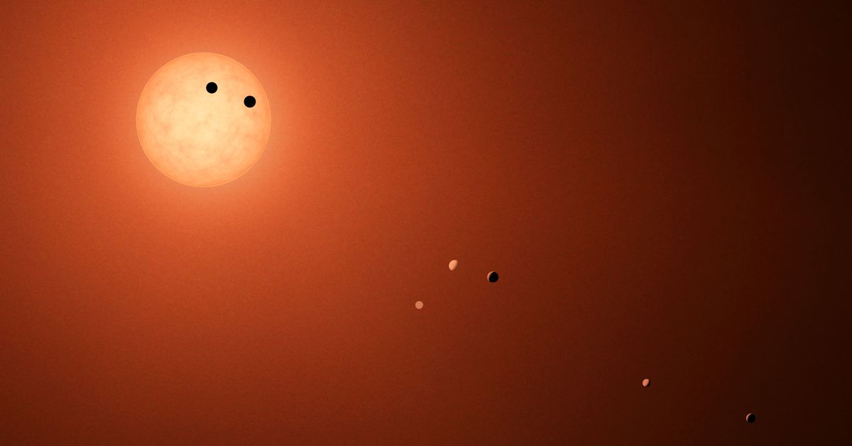 alien-planets-have-had-front-row-view-of-earth-for-ages-astronomers-say