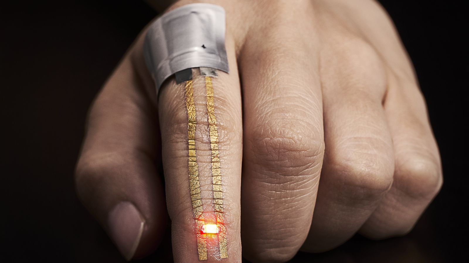 This super-stretchy wearable feels like a second skin and can record data