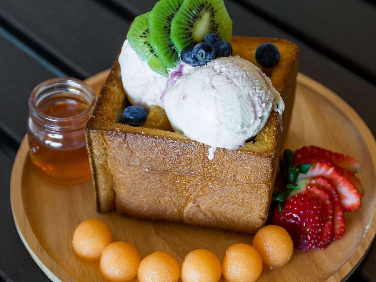 Honey toast at The Patio