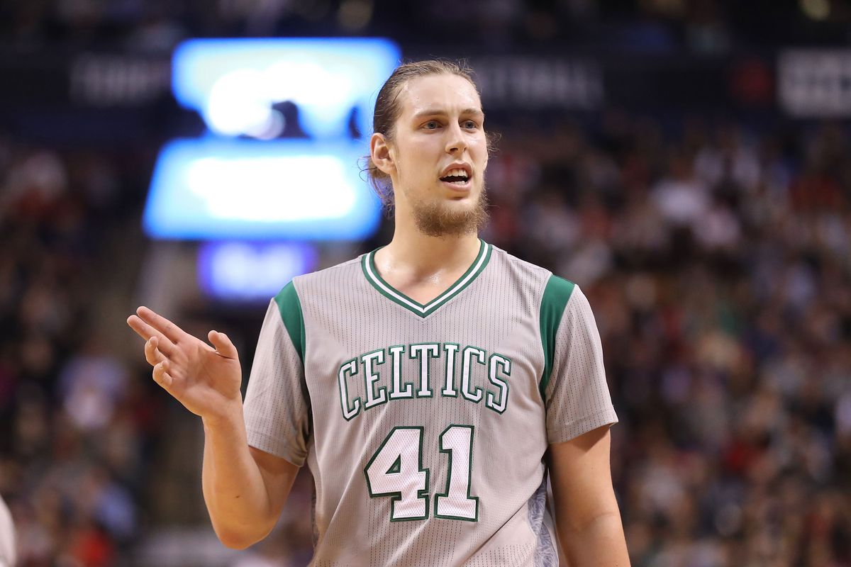 Kelly Olynyk agrees to four-year deal with Heat