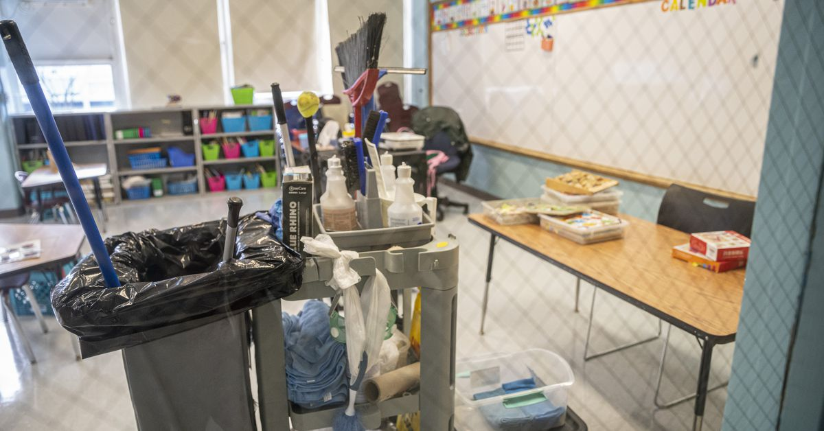CPS is rehiring Aramark, a firm with a track record of failure at keeping schools clean