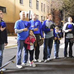 6:56 p.m. Ballhawks lined up on Waveland for the national anthem -