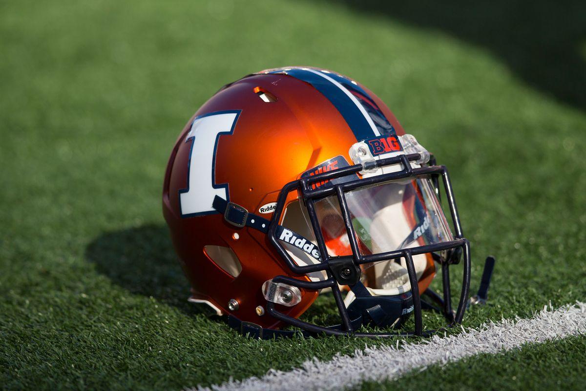 NCAA Football: Illinois at Wisconsin