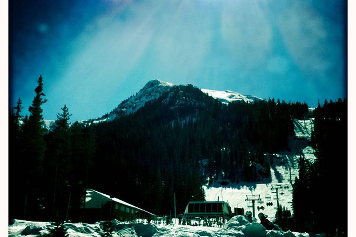 Kachina Peak Taos NM - For AK - Sunshine! Fresh Powder! Remedial Skiing!