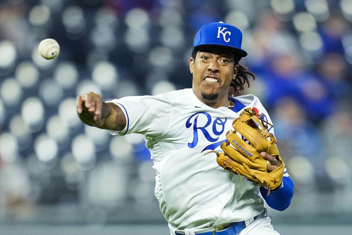 Kansas City Royals shortstop Adalberto Mondesi (27) throws to first base against the Pittsburgh Pirates during the eighth inning at Kauffman Stadium.