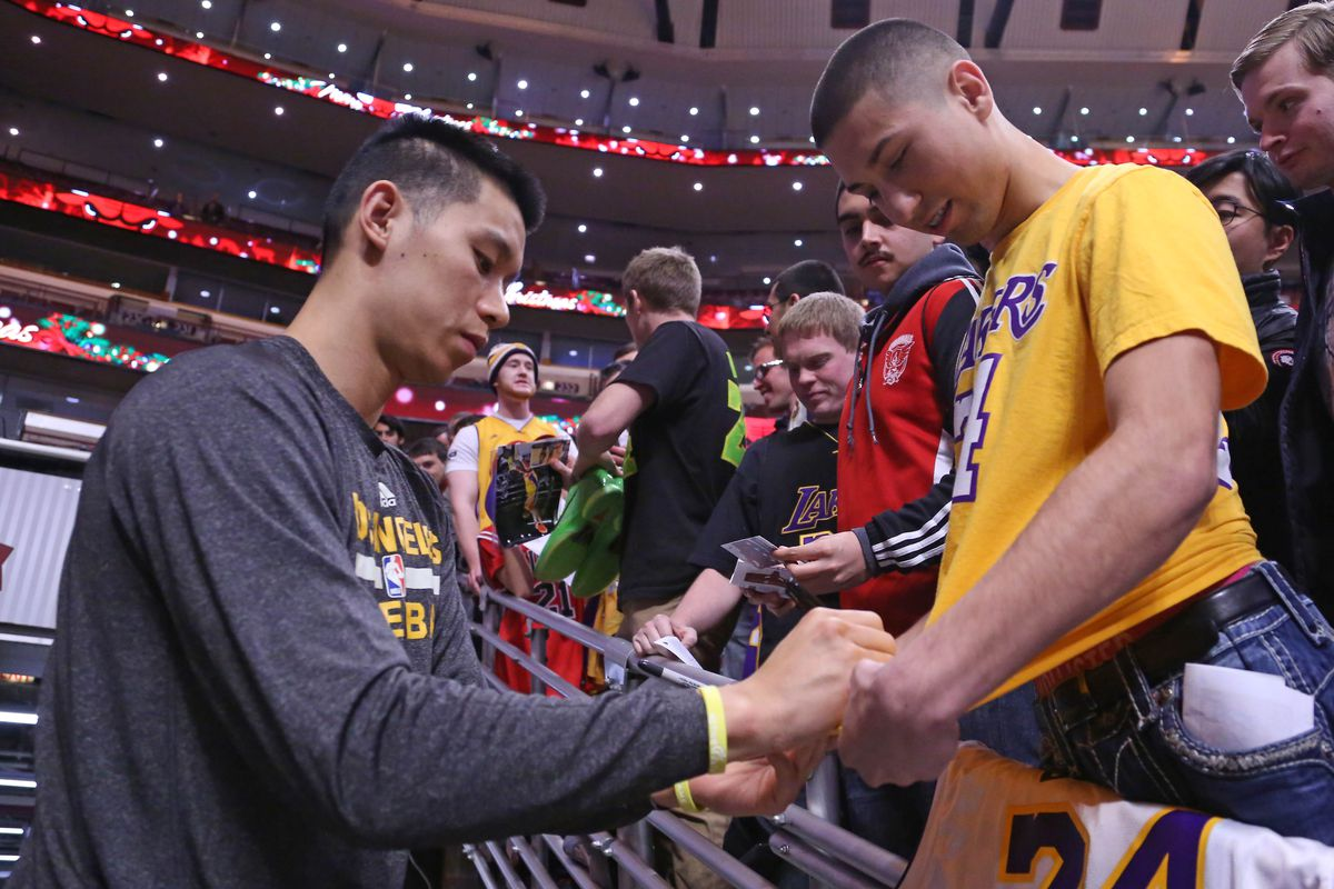 Stephon Marbury Nets signed Jeremy Lin to attract Asian market