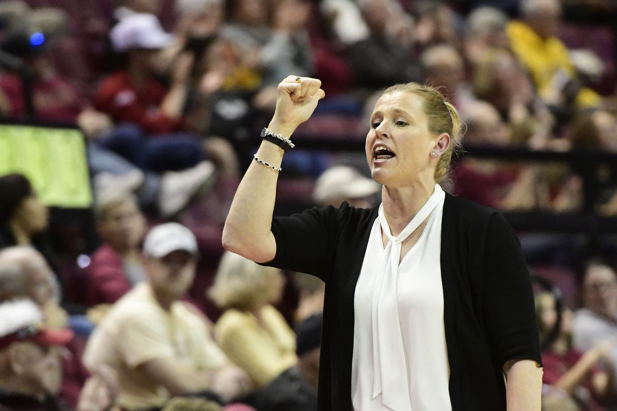 COLLEGE BASKETBALL: FEB 03 Women's Wake Forest at Florida State
