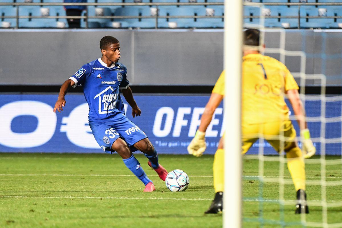 ESTAC Troyes v Le Havre Athletic Club - Ligue 2