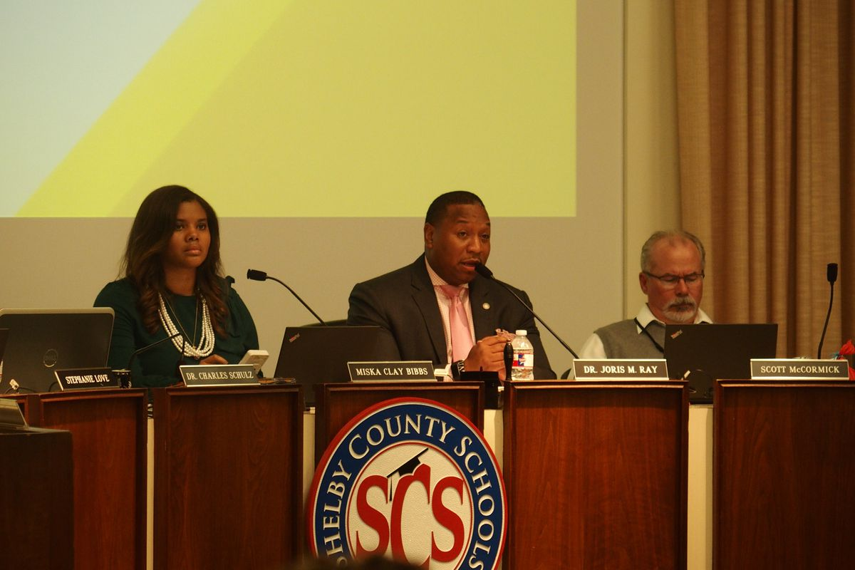 Shelby County Schools board chairwoman Miska Clay Bibbs, left, and Superintendent Joris Ray sit at a board meeting in October 2019.