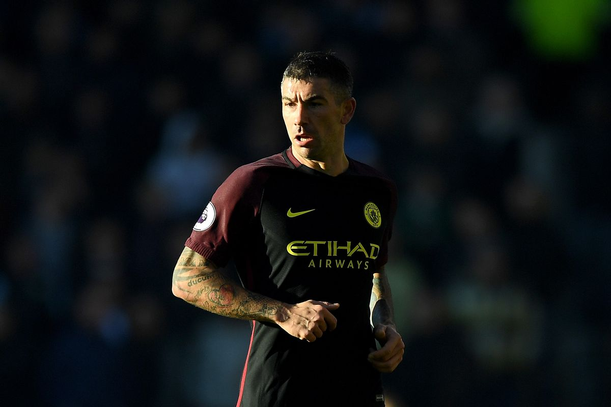 31-year-old Man City defender completes Roma transfer