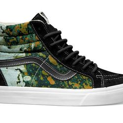 """<b>What's your favorite piece from the collection?</b></br> """"Honestly, I love them all! They're all so different and versatile. However, the shoes I wear the most are the green camouflage <a href=""""http://shop.vans.com/catalog/Vans/en_US/style/qg2aw9.html"""
