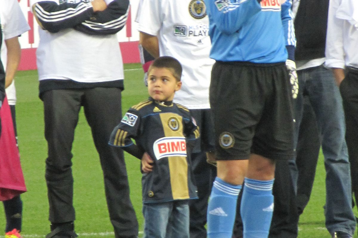 Philadelphia Union captain Faryd Mondragon addresses the crowd after the team clinched its first ever playoff berth. (Photo courtesy of @Barbcvphilly)