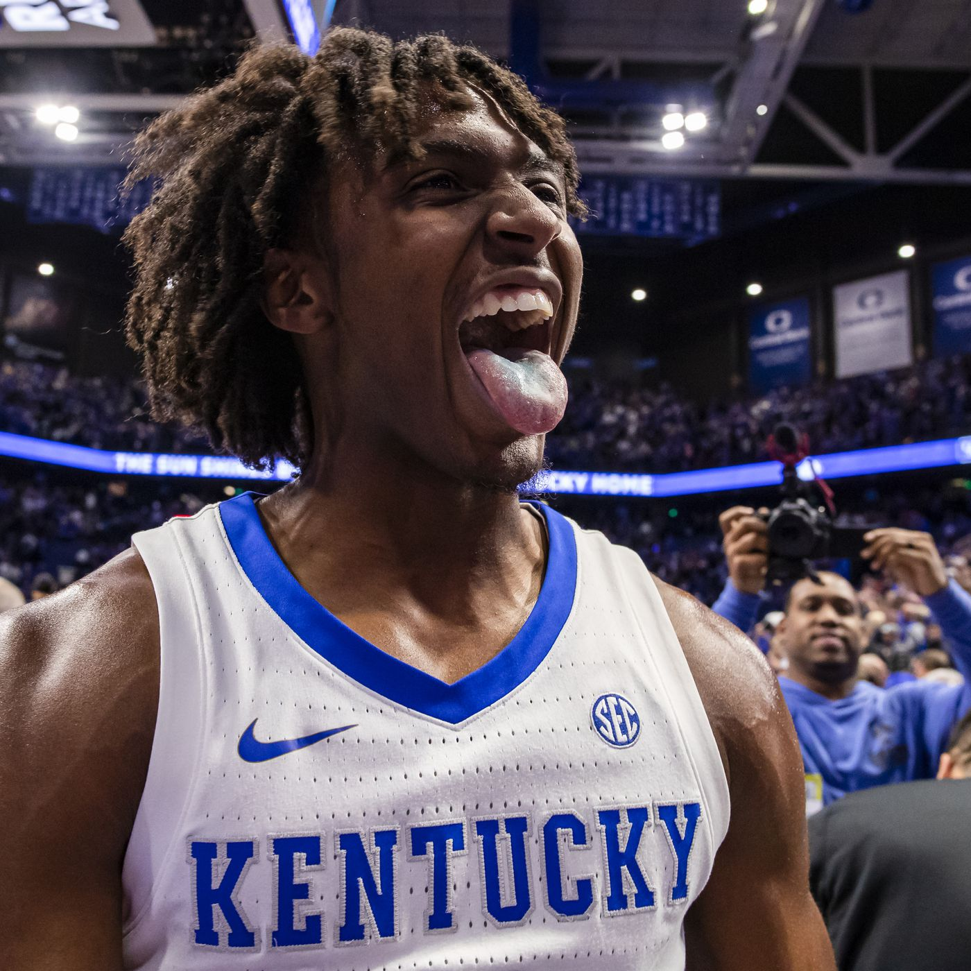 Potential 2020 Nba Draft Targets For The Spurs Tyrese Maxey Pounding The Rock