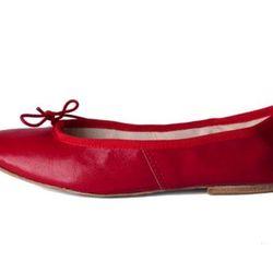 "<b>E. Porselli for A.P.C.</b> Ballet Flats, <a href=""http://uscheckout.apc.fr/browse.cfm/4,3631.html?nav=women&subnav=shoes"">$190</a>"