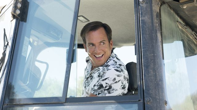 At least Gob looks happy.