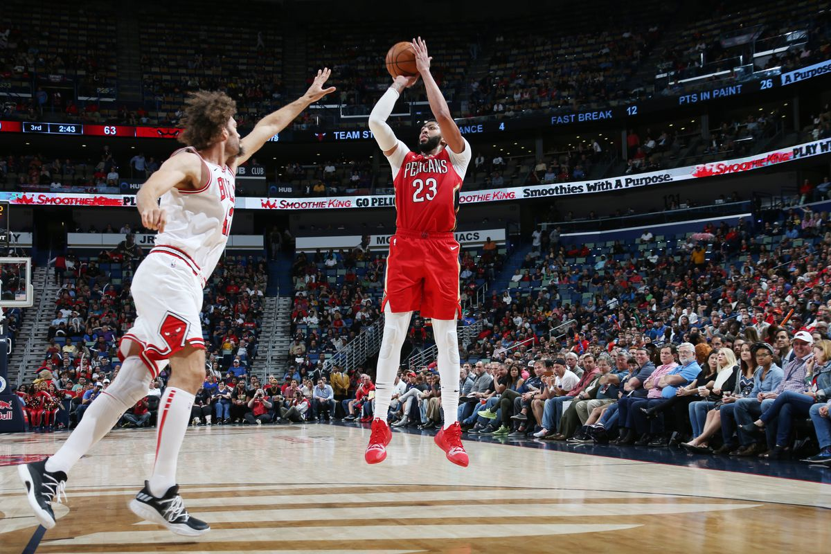 Anthony Davis would 'consider' playing for Bulls someday, but focused on Lakers right now