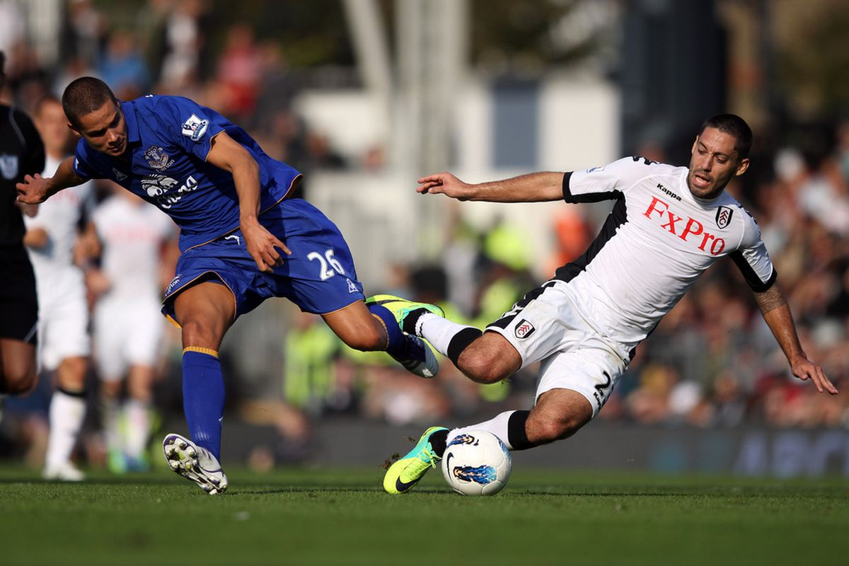 OCTOBER 23, 2011:  Jack Rodwell (Everton) tangles with Clint Dempsey (Fulham) during the Barclays Premier League match at Craven Cottage. Everton went on to win 3-1.  (Photo by Clive Rose/Getty Images)