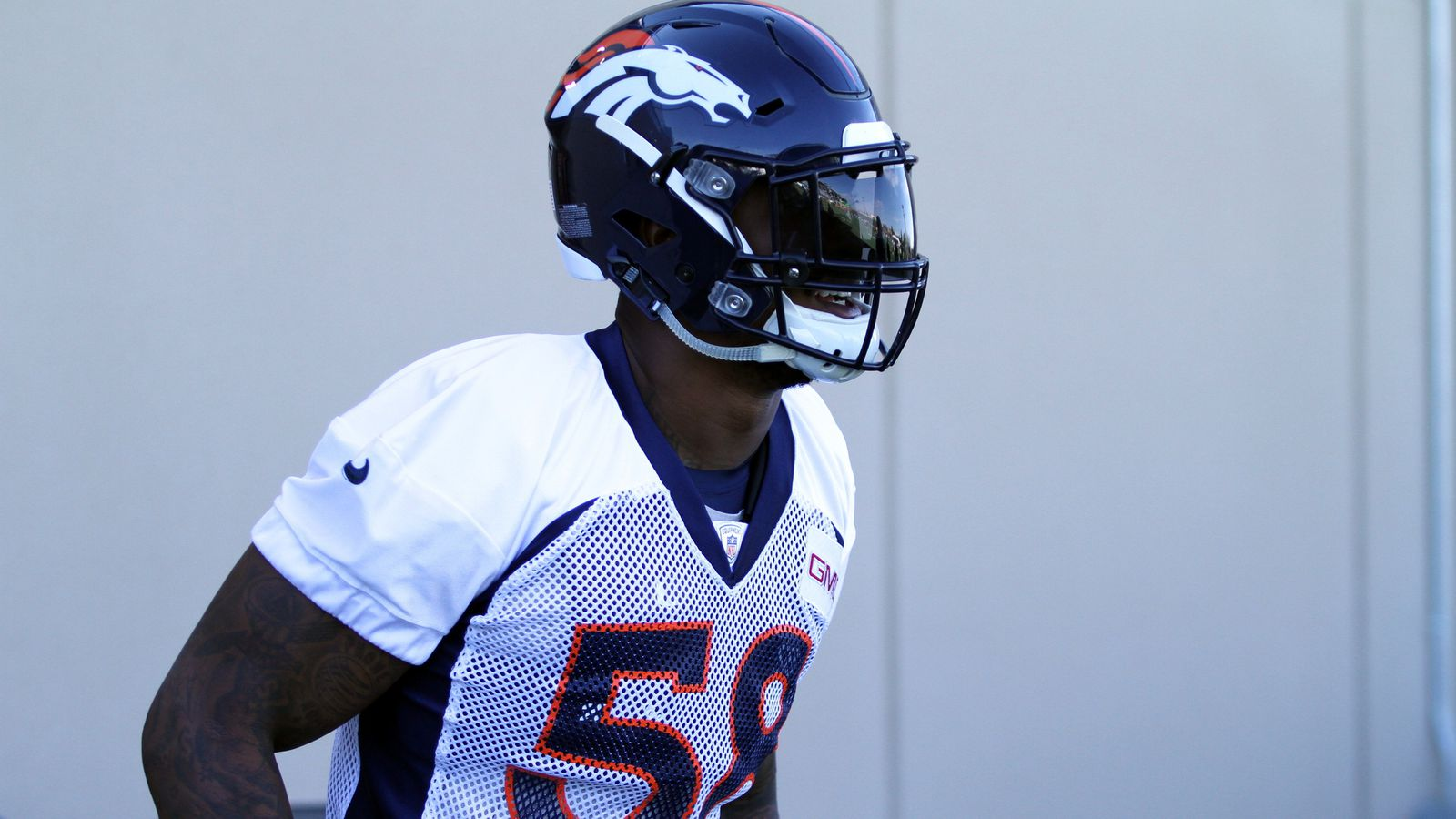 Horse Tracks: New and improved Von Miller