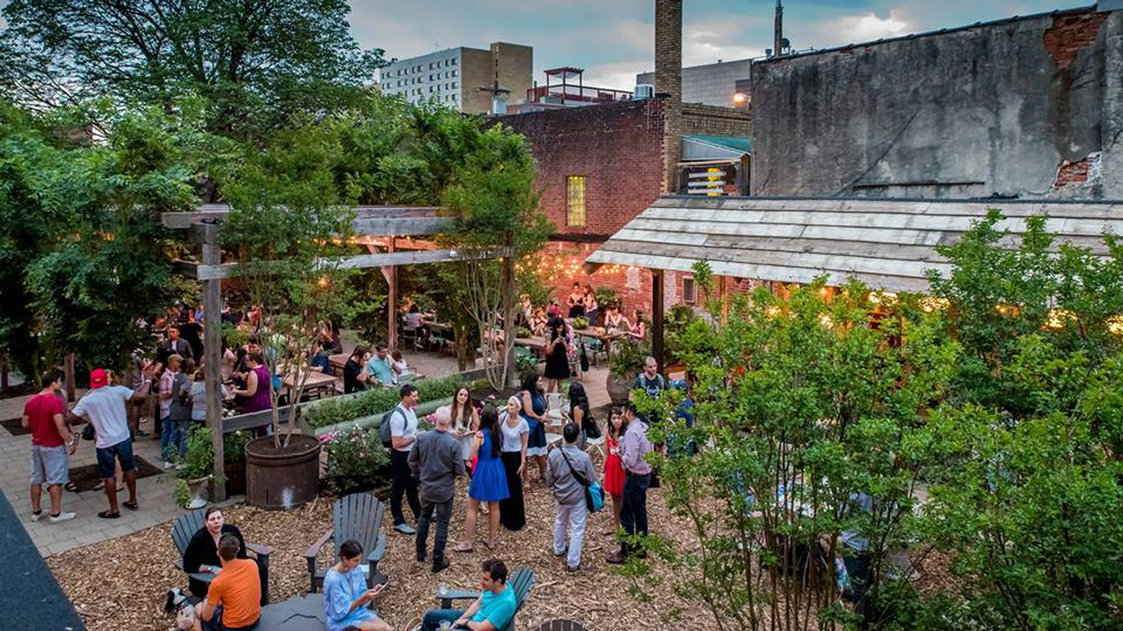 Philly 39 S Beer Gardens Are Sticking Around For A While