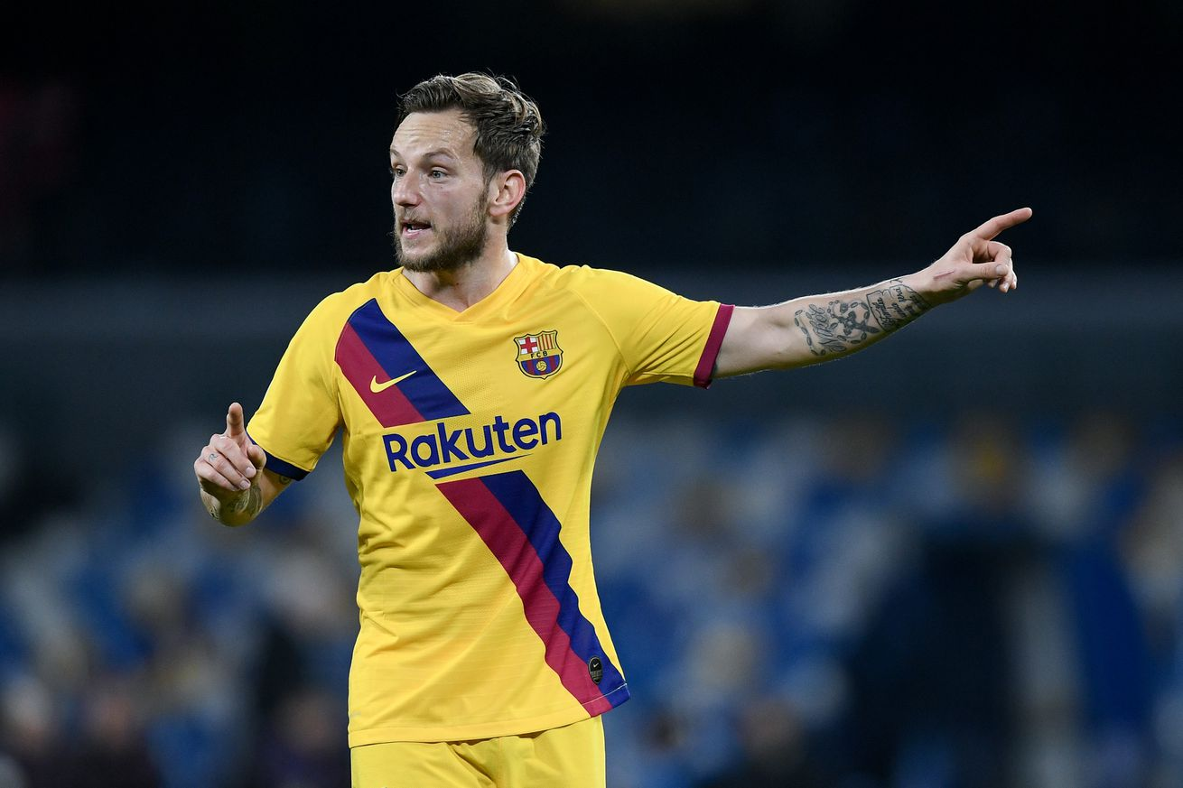 Barcelona decrease Rakitic price as contract nears end