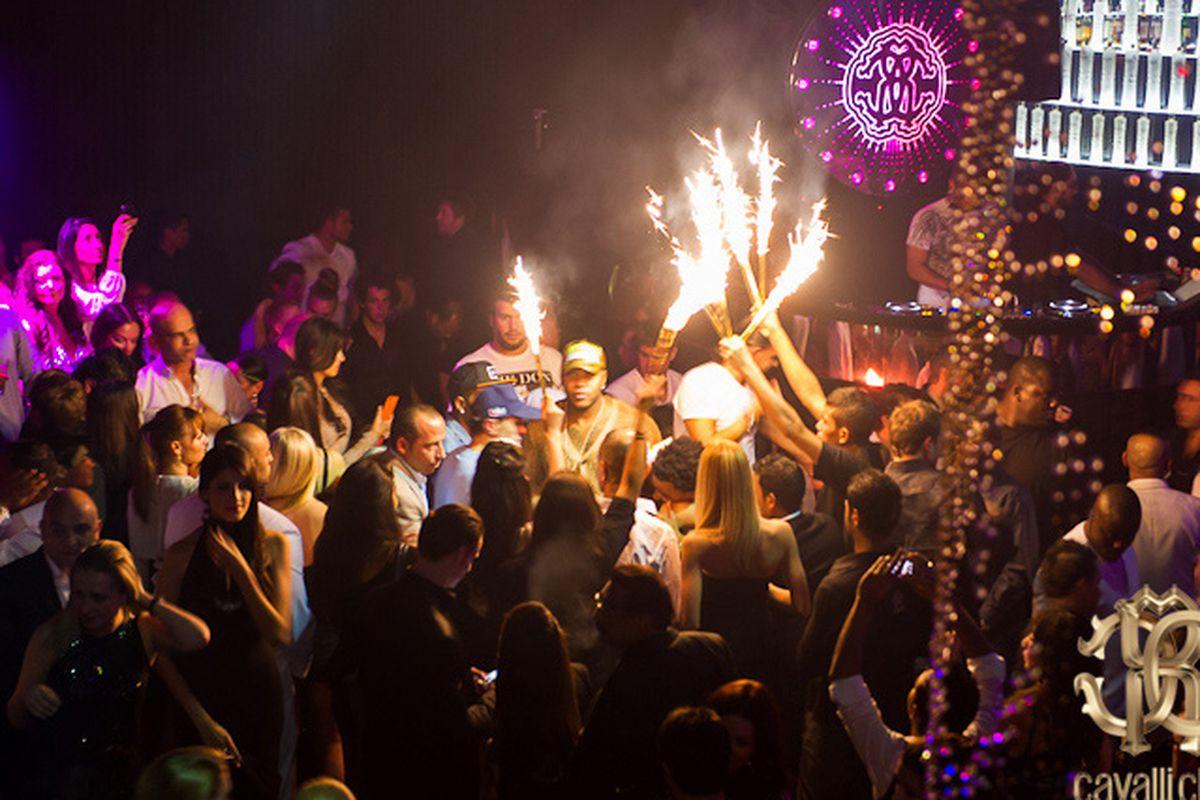 "Cavalli Club Dubai. Image <a href=""http://www.katchthis.co/apps/blog/categories/show/1578709-cavalli-club-restaurant-and-lounge-dubai"">via</a>"