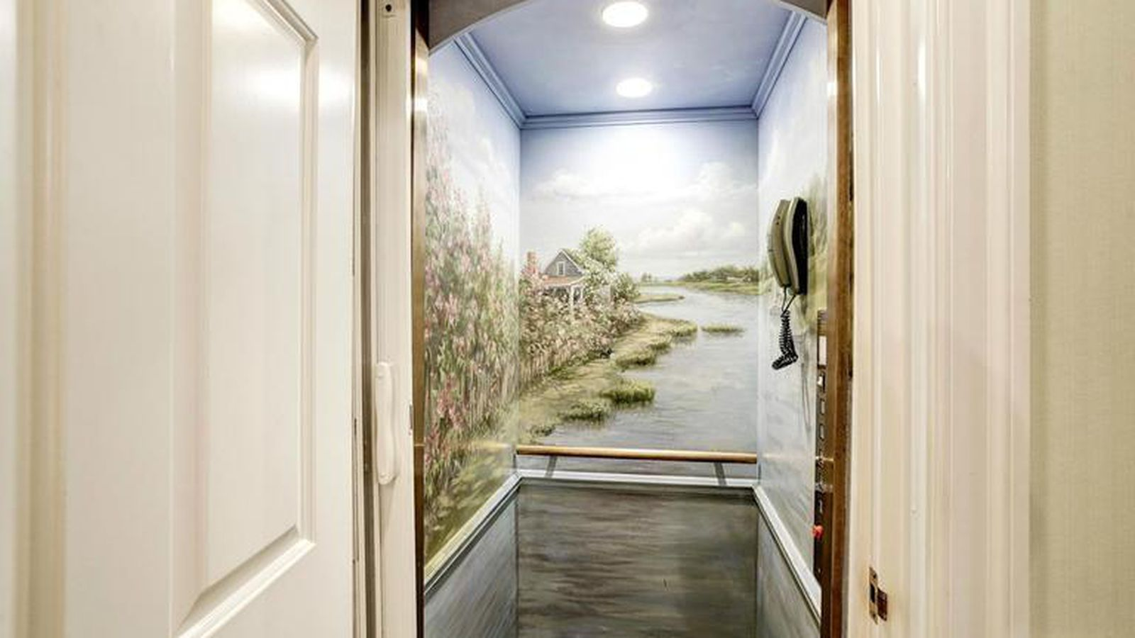 5 pretty and pretty weird elevators in homes for sale in Elevators for sale