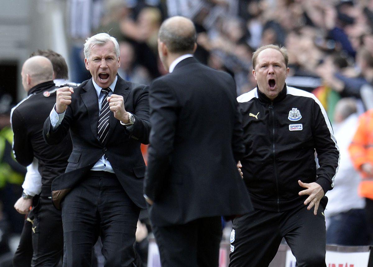 Soccer - Barclays Premier League - Newcastle United v Sunderland - St James' Park