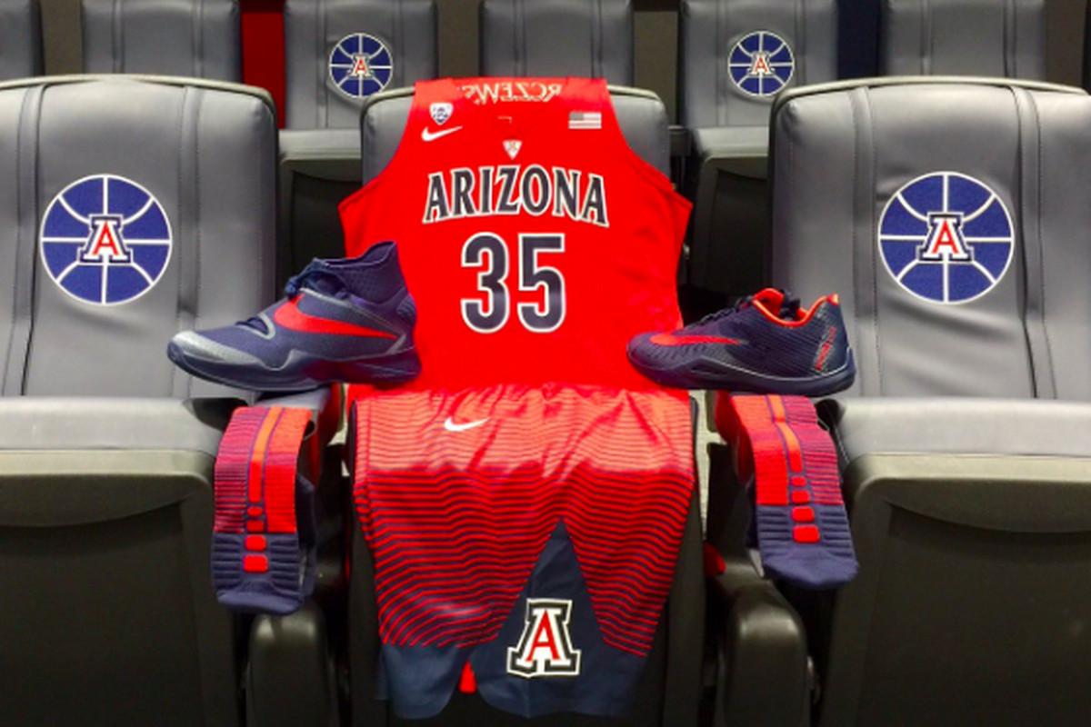 more photos 887bb 5b232 Arizona basketball: Wildcats wearing new Nike Hyper Elite ...