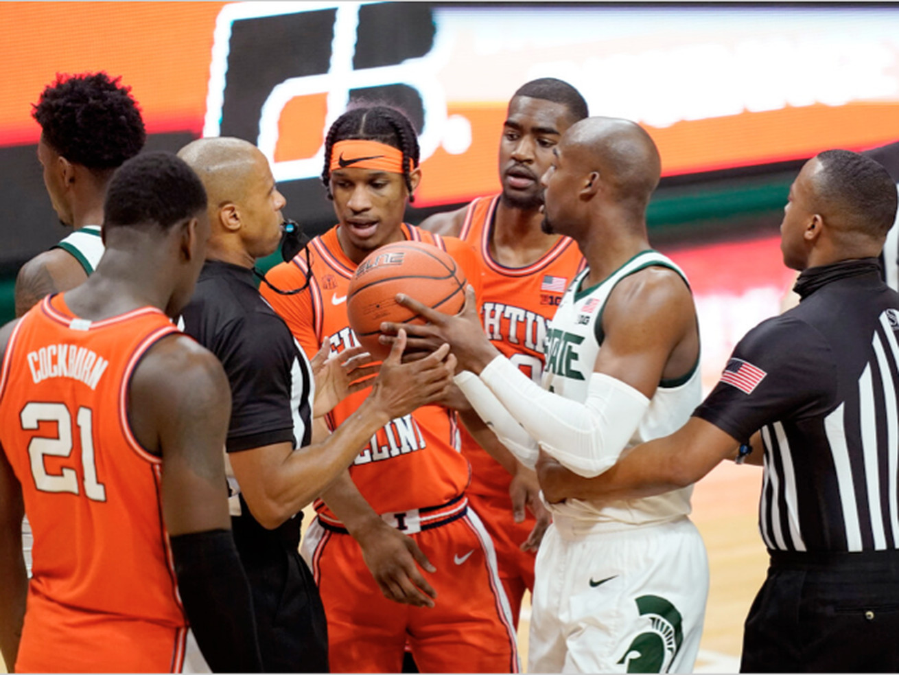 Illinois out of sync in loss to Michigan State