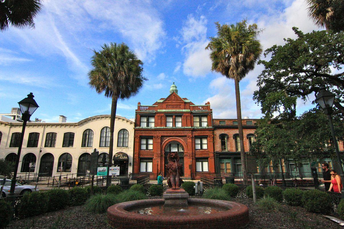 A photo essay from Savannah, Georgia.