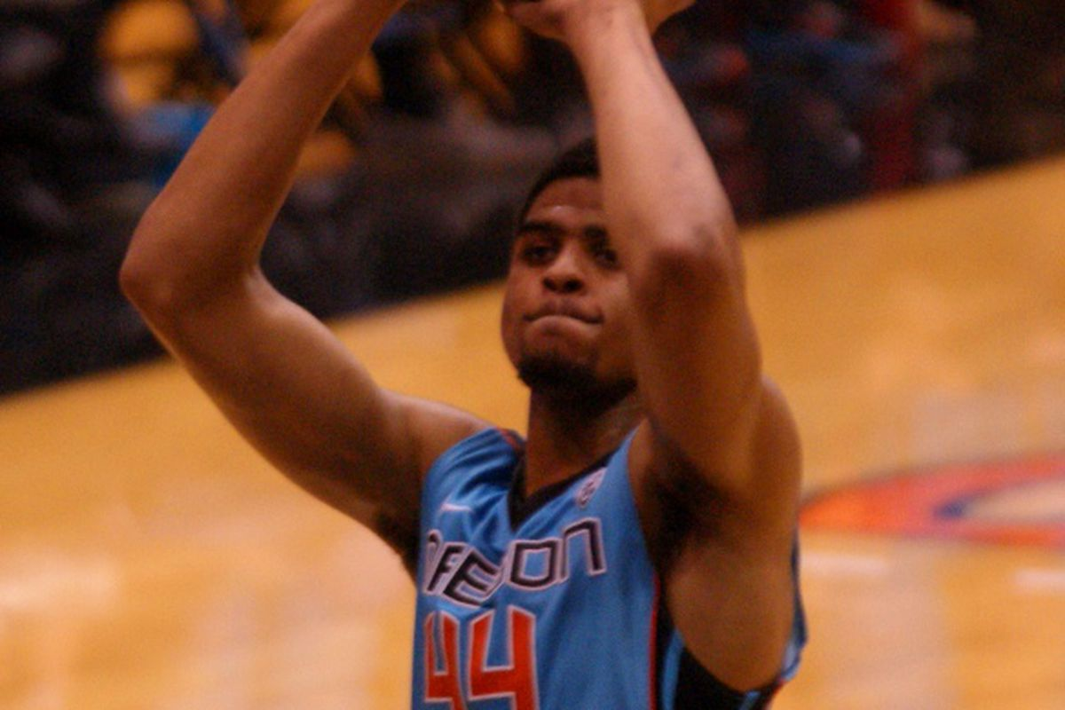 Devon Collier puts up a shot in last year's Nike N7 Game, a 78-65 win over Montana St.